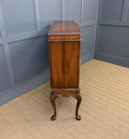 Serpentine Fronted Burr Walnut Cupboard (7 of 11)