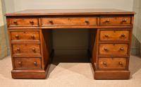 Mid 19th Century Mahogany Pedestal Desk (5 of 7)