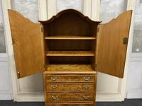 Burr Walnut Cupboard Over Chest (13 of 15)