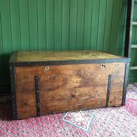 Antique Victorian Bound Campaign Chest Old Rustic Pine Wooden Storage Trunk + Full Zinc Interior + Key (3 of 10)