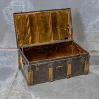 Victorian Tin Trunk (8 of 9)