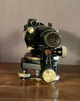 Vintage Surveyors level by Hall Brothers Croydon desk ornament (7 of 12)