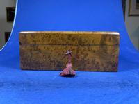 French 19th Century Burr Cedar Box. (7 of 14)
