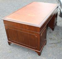 1960s Large Mahogany Pedestal Desk with Brown Leather Top (4 of 4)