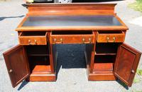 1900s Large Mahogany Desk with Green Leather on Top - 1 Piece (3 of 4)