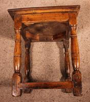 French Stool in Oak - 17th Century (10 of 10)