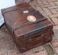 1910's Great Leather Storage Trunk with Cunard White Star Label (3 of 4)