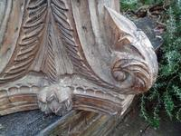 Stunning 18th / 19th Century Walnut ? Hand Carved Corinthian Column Bases (7 of 12)