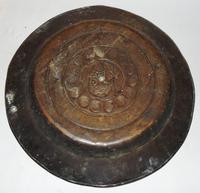 16th. century Nuremberg brass alms dish (6 of 6)