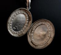 Antique Victorian Silver Locket, Aesthetic era (6 of 9)