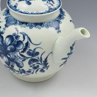 Large First Period Worcester Porcelain Mansfield Pattern Teapot c.1775 (5 of 15)