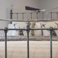Charcoal Victorian Bed with Nickel Plating (4 of 11)