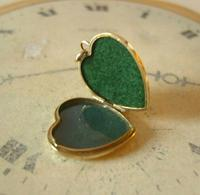 Vintage Pocket Watch Chain Photograph Fob 1940s 9ct Rolled Gold Puffy Heart Fob (2 of 10)