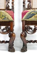 Fine Set of Four Late 17th - Early 18th Century Walnut Chairs (2 of 14)