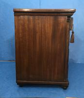 Victorian mahogany miniature chest of drawers (16 of 18)