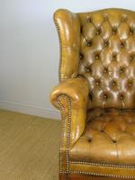 Superb Antique Buttoned Leather Wing Armchair (8 of 11)