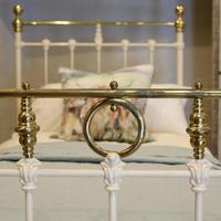 Cream Straight Top Rail Victorian Single Antique Bed with Brass Detailing (4 of 6)