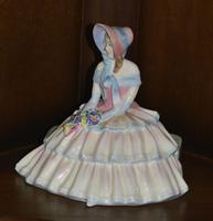 """Royal Doulton 1935 Porcelain """"Daydreams"""" Figurine (4 of 9)"""