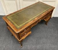 Fine Quality Burr Walnut Desk (22 of 25)
