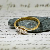 The Vintage Trio Star Illusion Set Diamond Ring (4 of 5)