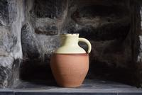 Large  Early 20th Century West-Country Slipware Pitcher (6 of 10)