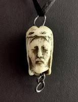 Rare Georgian Memento Mori Pendant, Skull & Jesus, 18th Century (7 of 12)