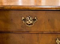 Victorian Mahogany 3 Draw Chest of Drawers (6 of 8)