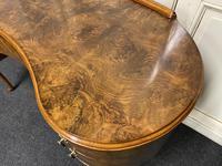 Kidney Shaped Burr Walnut Dressing Table (4 of 10)