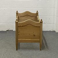 Antique Pine Cot Bed (3 of 4)