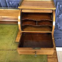 Victorian Inlaid Mahogany Writing Desk (19 of 20)