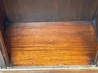 English Small Regency Style Dwarf Recessed Mahogany Open Bookcase (7 of 44)