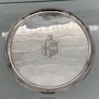 Antique George III Pair of Sterling Silver Salvers London 1802 Thomas Wallis II (2 of 9)