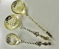 Fine Victorian Sifter Spoon Charles & George Fox London 1846 (8 of 9)