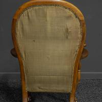 Victorian Carved Rosewood Armchair with Tapestry Upholstery (3 of 13)