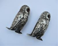 Charming Pair of Victorian EPNS Owl Pepperettes (4 of 9)