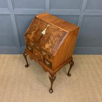 Very Good Queen Anne Style Burr Walnut Bureau (17 of 18)