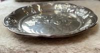 Silver Cherub Embossed Dish. (2 of 4)
