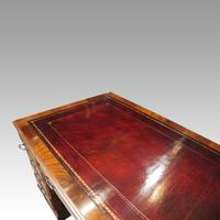 George V Mahogany Pedestal Desk (9 of 13)