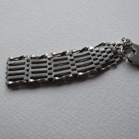 Sterling Silver Chunky Heart Padlock Bracelet (4 of 5)