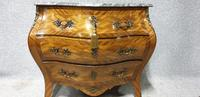 Very Pretty French Commode Chest of Drawers (2 of 8)
