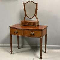 Georgian bow front dressing table