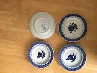 Many items of Royal Copenhagen in the Tranquebar pattern (5 of 9)