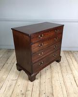 18th Century Mahogany Chest of Drawers (2 of 6)