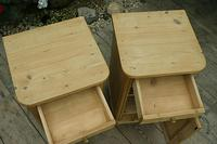 Exceptional Quality Pair of Old Stripped Pine Bedside Cabinets (5 of 9)