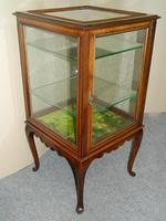 mahogany bijouterie / display table (2 of 6)
