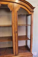 Quality Antique Walnut Display Cabinet (4 of 19)