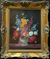 Outstanding Quality Mid-20th Century Vintage Still Life Floral Oil Painting