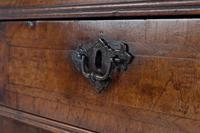 18th Century Queen Anne Walnut Bureau c.1710 (4 of 5)