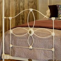 Cream Victorian Four Poster Single Bed (2 of 8)