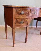 Antique Georgian Style Mahogany Shaped Front Sideboard (3 of 10)